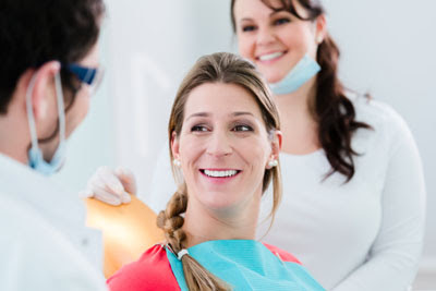 How to Find an Emergency Dentist, Including Surgical Care