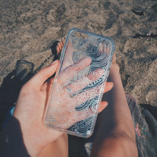 Our Blue Waves Transparent case at the beach 🏖 so ready for summer!  #summer #waves #beach #cuteiphonecase | Cases By Kate