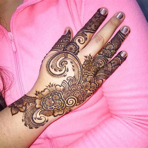 Indian Motifs, Peacocks and Bridal Henna with Maaz: May 14