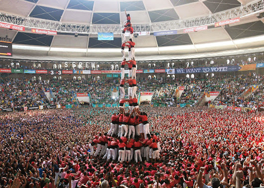 With Human Pyramids, Catalans Reach For Independence