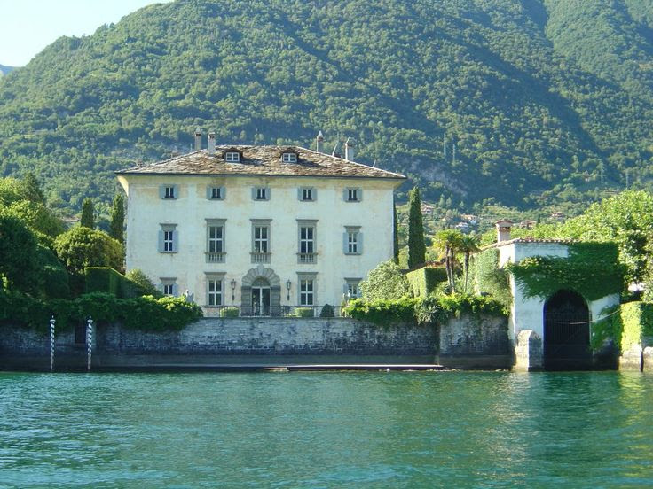 Classic villas evoke the elegant and beautiful Lake Como lifestyle as displayed by Villa Balbiano