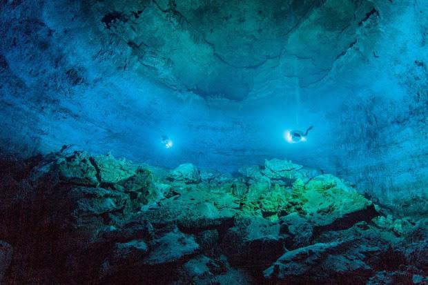 Vista da caverna Hoyo Negro mostra a imensidão do local  (Foto: Roberto Chavez Arce/Divulgação)
