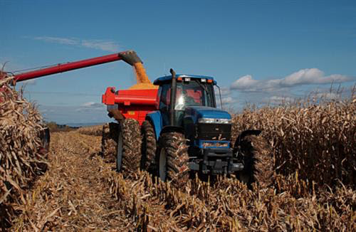3 reasons why you should have a farm equipment appraiser check your equipment before selling