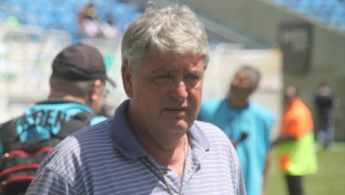 Geninho - técnico do ABC (Foto: Fabiano de Oliveira)