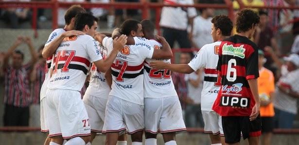 Mesa De Jantar Dobrável Que Vira Aparador ~ Escolinha de Futebol Zona Sul SÃO PAULOÉ L u00cdDER DO PAULISTÃO!!!!