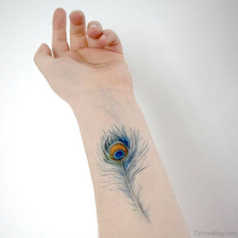 31 Awesome Peacock Feather Tattoos On Wrist