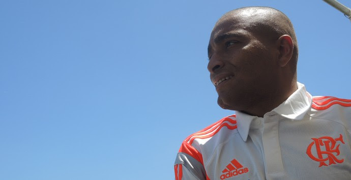 Anderson Pico, lateral-esquerdo do Flamengo.  (Foto: Janir Junior)