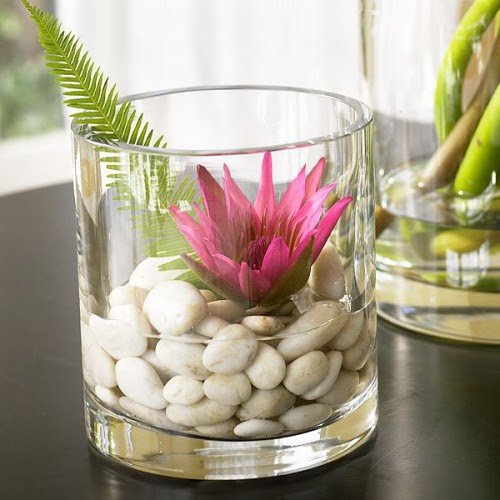 How To Use Pebbles To Decorate Your Interior