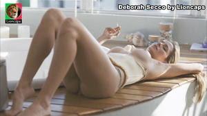 Deborah Secco nua no filme Bruna Surfistinha