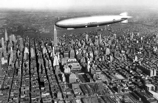 zeppelin above new york midtown, 1931  Follow us... - 101Pixel