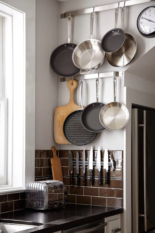 8 Ways to Maximise Space in a Small Kitchen