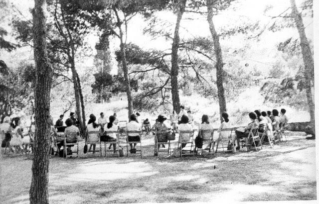 Grup de Treball a l'Escola d'Estiu de 1968, a Patmos-Betània / ARXIU ROSA SENSAT