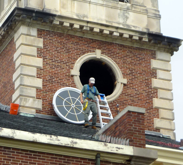 P1120040-2012-09-17-Decatur-1st-Baptist-steeple-window-repair-detail