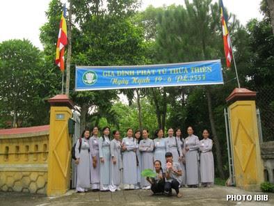 Cổng vào Trại Ngày Hạnh ở chùa Bảo Quang – Hình PTTPGQT