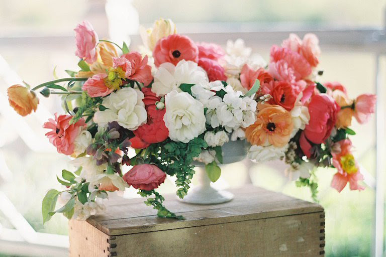 How Much Do Flowers For A Wedding Cost Everafterguide