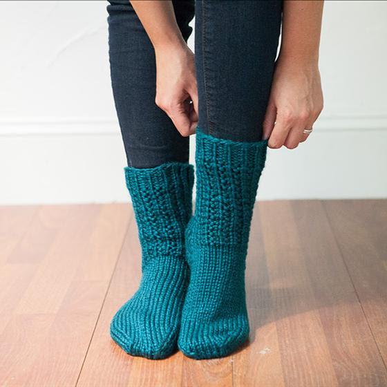 Toot Sweet Socks free knitting pattern