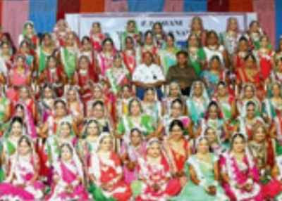 Proud dad of 472 happily married daughters - Times of India