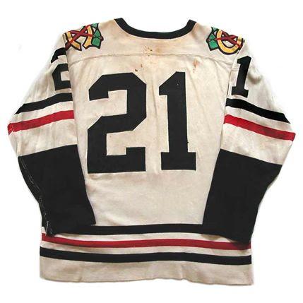 Chicago Black Hawks 1959-60 jersey photo ChicagoBlackHawks1959-60Bjersey.jpg