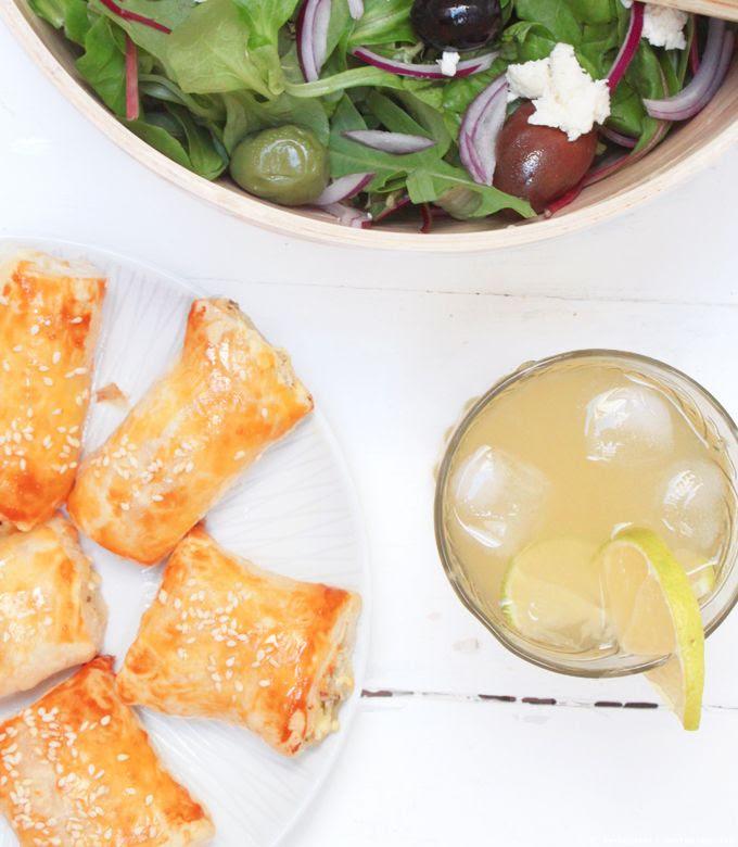 Fetaröllchen, Griechischer Salat