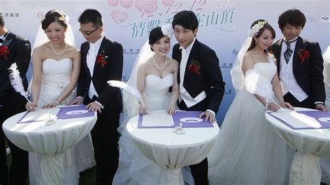 Hong Kong, China and Singapore couples rush to wed on