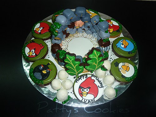 angry bird cookies platter by pattycookies