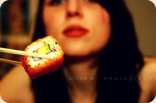 http://i402.photobucket.com/albums/pp103/Sushiina/Daily/sushi3.jpg