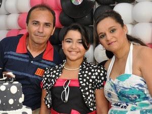 Josenildo é casado com Alessandra há 15 anos e têm uma filha (Foto: Divulgação/Arquivo Pessoal)