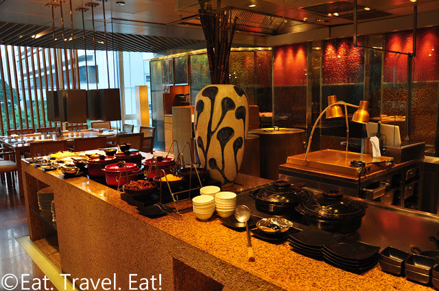 Island Shangri-La Cafe Too: Curry/Japanese Section