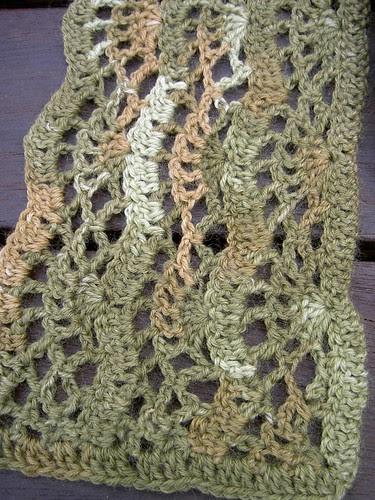 Crocus scarf - detail