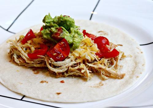 tomatillo chicken tacos