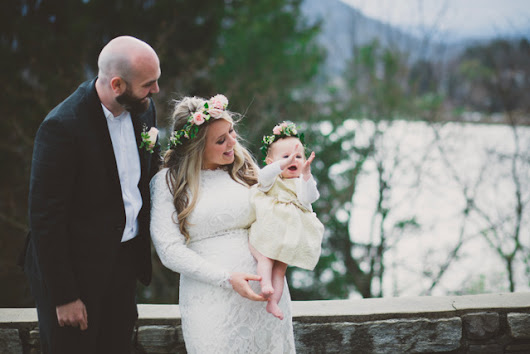 An Early Spring Lake Elopement