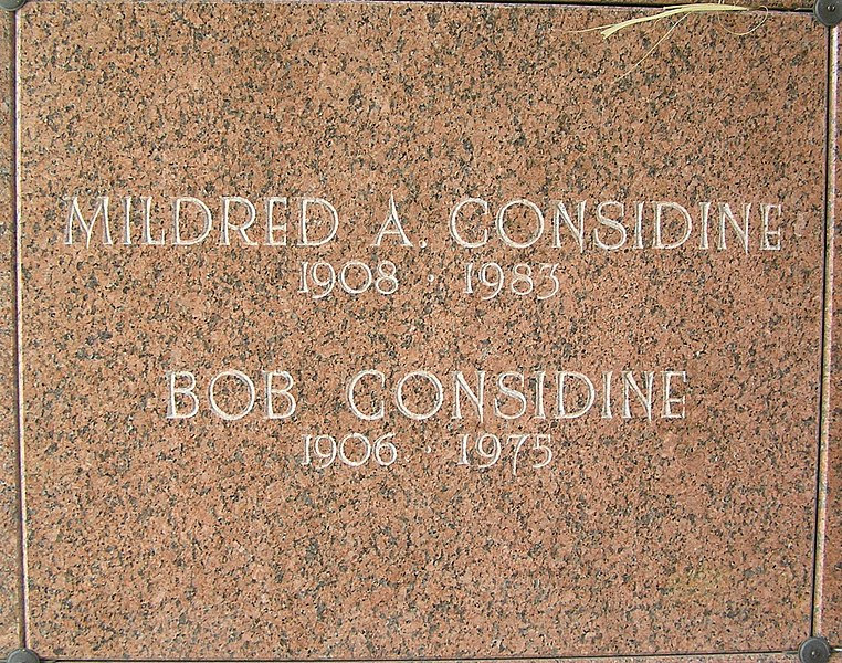 File:Bob Considine Crypt 2010 Gate of Heaven.jpg
