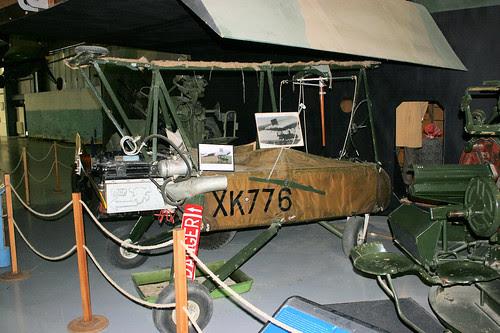 XK776