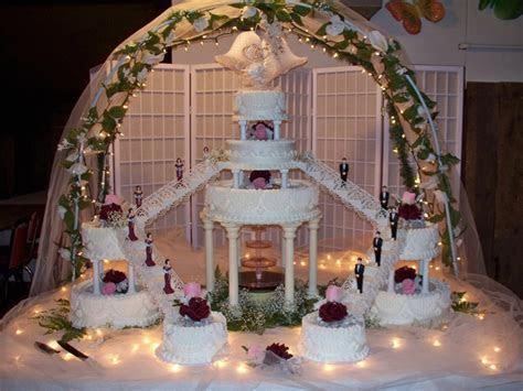 Fountain & Staircase Wedding Cake   Wedding Cakes