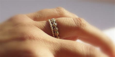 Gold Filled daisy chain stackable wedding ring & gold