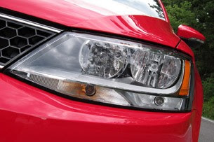 2012 Volkswagen Jetta GLI headlight