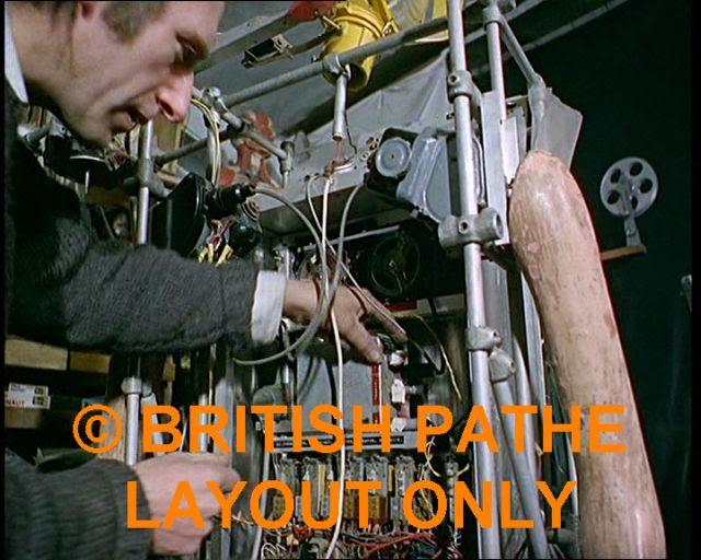 Bruce Lacey RosaBosom robot lacey19 x640 1965   ROSA BOSOM   Bruce Lacey (British)