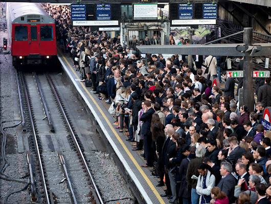Take public transport if you want to lose weight, a new study says