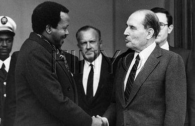 Mitterrand-Biya.jpg