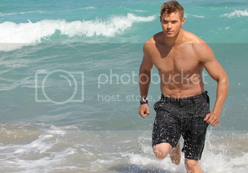 photo kellan-lutz-miami-beach_zps15a1feaa.jpg