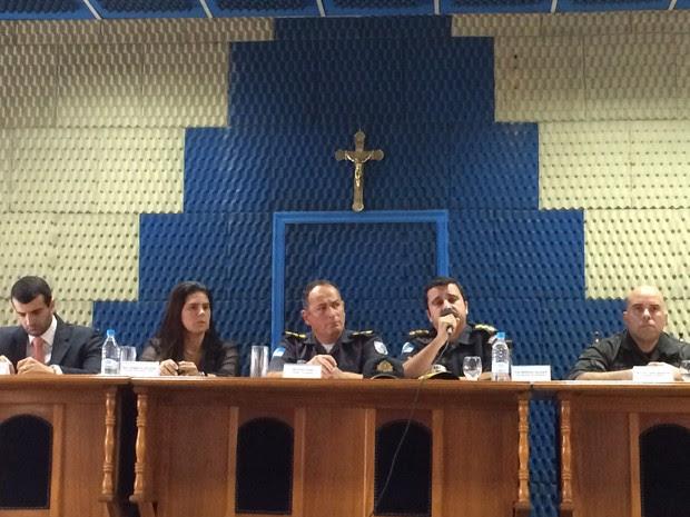 Representantes do Bope e do MP participaram de coletiva de imprensa no Rio (Foto: Henrique Coelho/ G1)