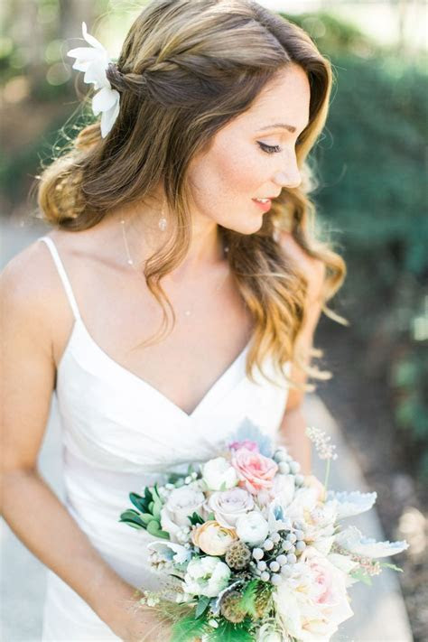 Best 20  Bridal Hair Down ideas on Pinterest   Bridesmaid