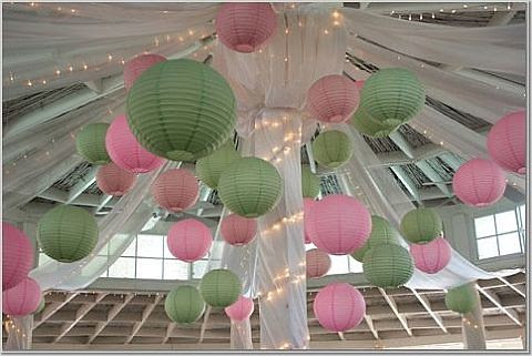 Your Best Wedding: pink & green lanterns for wedding decorations (photo)