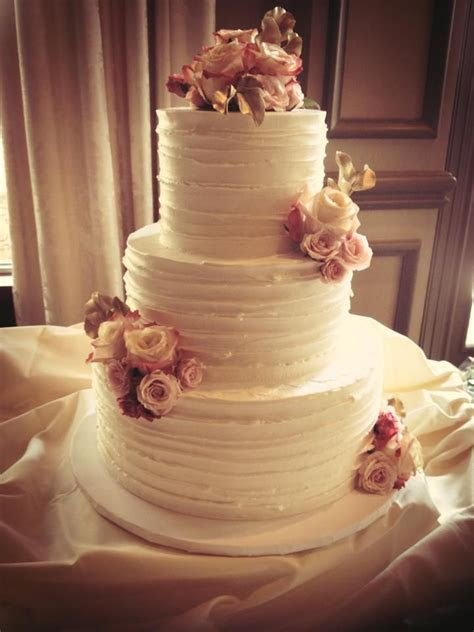 25  best ideas about Textured wedding cakes on Pinterest