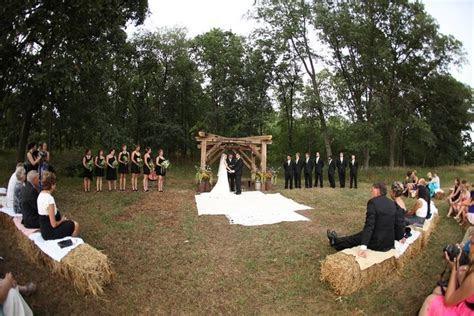 I like this setting    Vow Renewal   Pinterest   Wedding