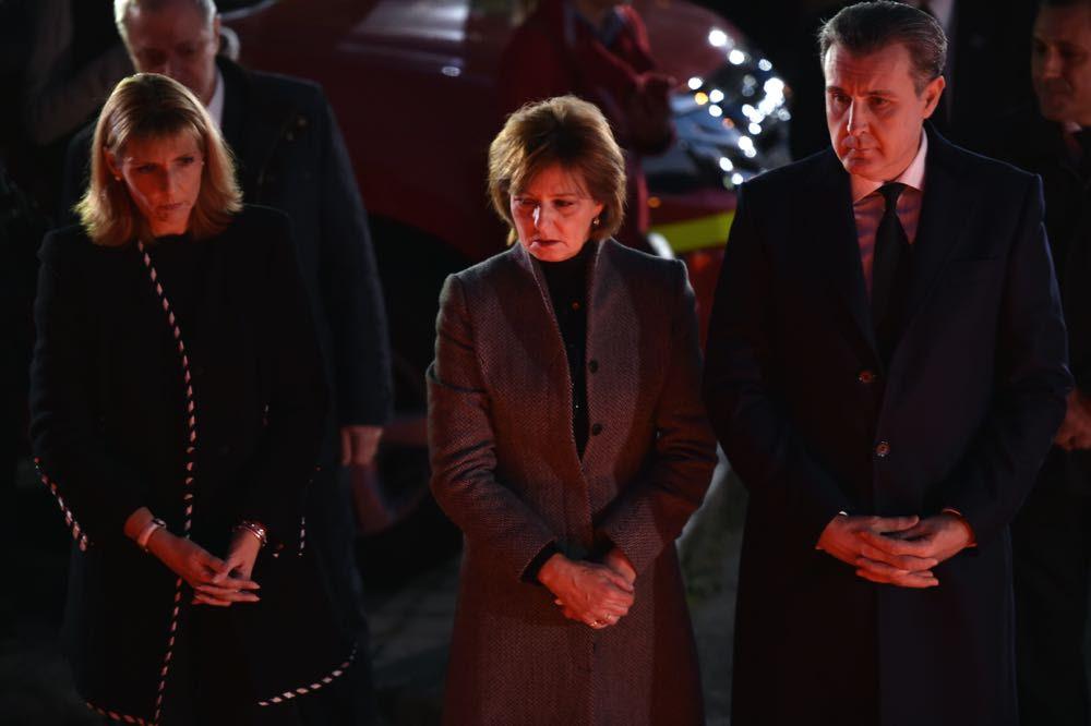 Familia Regală a aprins lumânări la locul tragediei