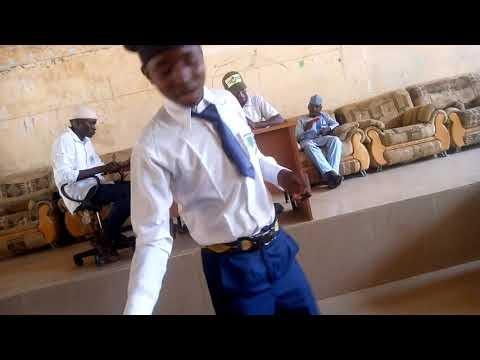 Matasan Hausawa Na Gwabza Muhawara (1)