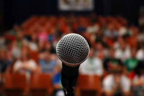 4 Public Speaking Tips To Alleviate Nervousness