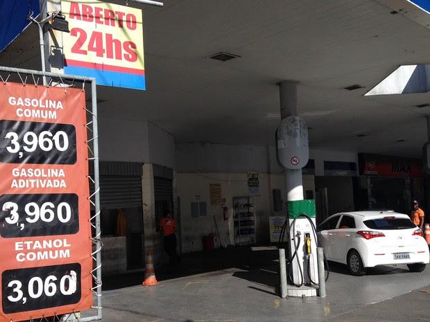 Posto de combustíveis no bairro da Federação, em Salvador, Bahia (Foto: Henrique Mendes/ G1)