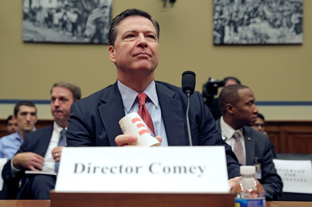 Le directeur du FBI, James Comey, lors d'une... (PHOTO JOSHUA ROBERTS, ARCHIVES REUTERS)